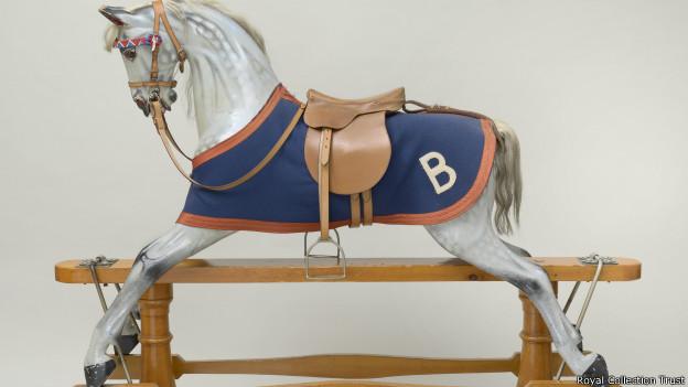 Лошадки-качалки 3570